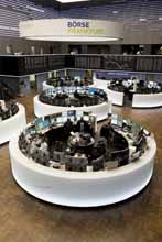 General view trading floor (portrait)